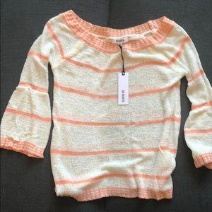 BB Dakota, light weight sweater